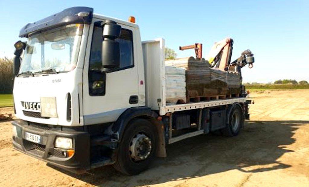 camion-aix-gazon